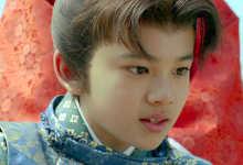 映画「シュアリー・サムデイ」と同じく、少年俳優である北村匠海君が少年時代を演じていて、ほんの少しですがキラっと輝いていた作品です。映画が始まると、桜の土手を